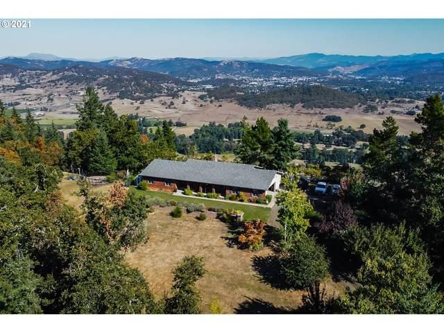 814 Black Oak Dr, Roseburg, OR 97471 (MLS #21378791) :: Fox Real Estate Group