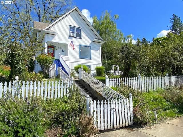 503 SE Chadwick St, Roseburg, OR 97470 (MLS #21379085) :: Lux Properties