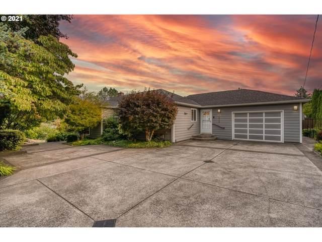 1818 SW Stephenson St, Portland, OR 97219 (MLS #21381269) :: Fox Real Estate Group