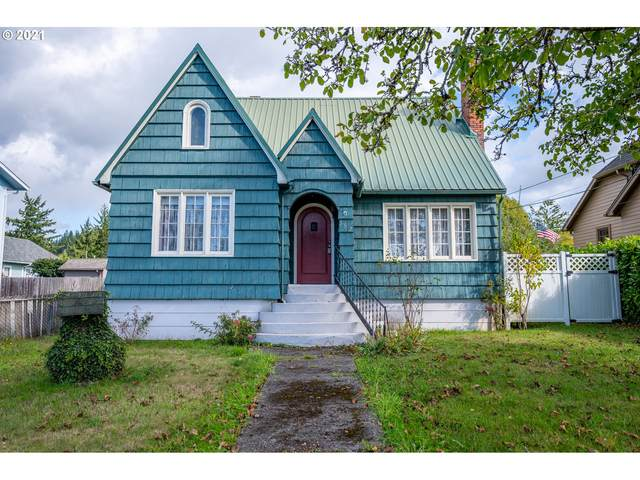 362 N Dean St, Coquille, OR 97423 (MLS #21381403) :: McKillion Real Estate Group