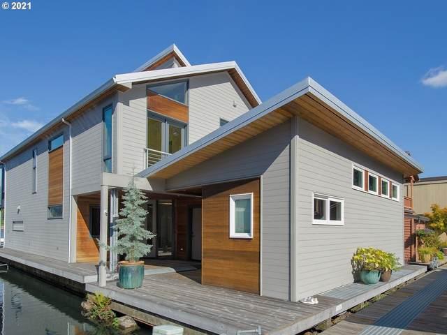 6901 SE Se Oaks Park Way #13, Portland, OR 97202 (MLS #21382203) :: Premiere Property Group LLC