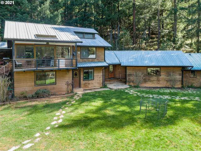 1090 Tunnel Rd, Glendale, OR 97442 (MLS #21382566) :: Song Real Estate