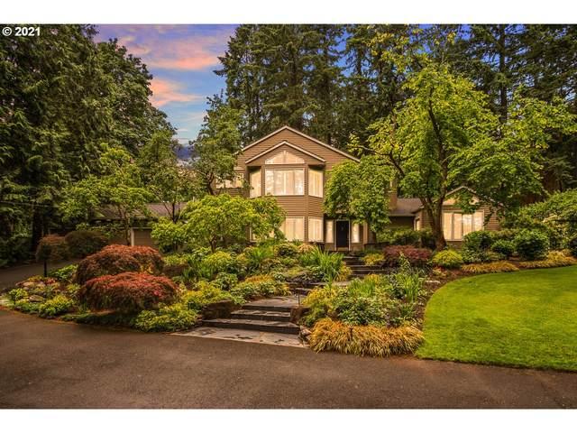 275 SW Birdshill Rd, Portland, OR 97219 (MLS #21383072) :: McKillion Real Estate Group