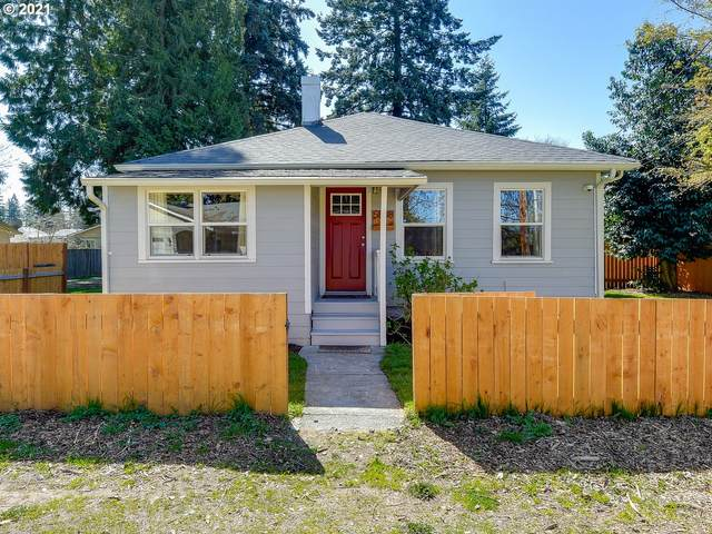 5808 SE Hill St, Milwaukie, OR 97222 (MLS #21383237) :: Fox Real Estate Group