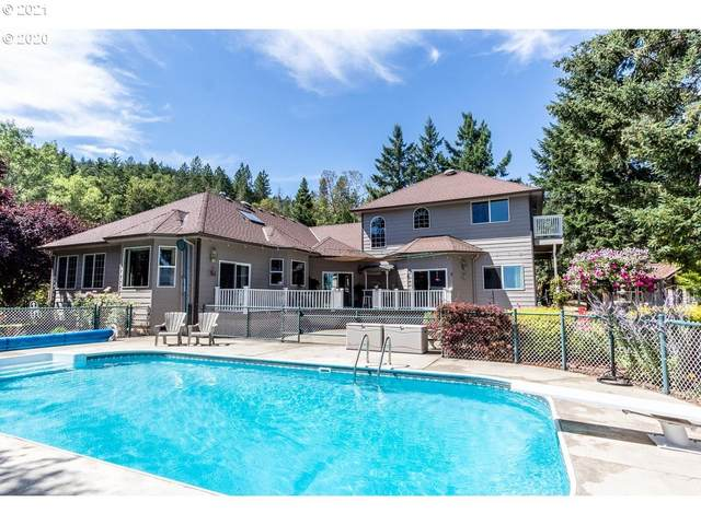 902 Mulberry Ln, Roseburg, OR 97471 (MLS #21383363) :: Townsend Jarvis Group Real Estate