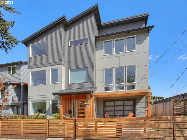 2750 SE 41ST Ave, Portland, OR 97202 (MLS #21384675) :: Cano Real Estate