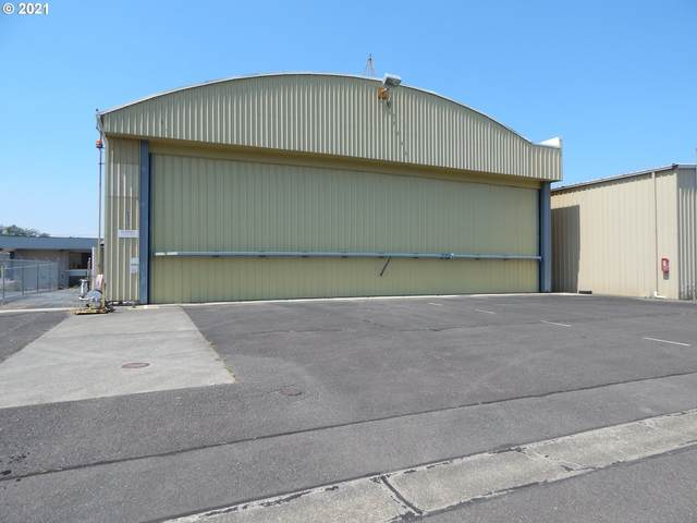 2311 NW Aviation Dr, Roseburg, OR 97471 (MLS #21384926) :: Premiere Property Group LLC