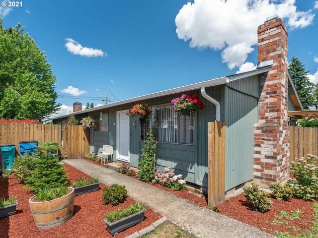 2717 O St, Vancouver, WA 98663 (MLS #21385391) :: Holdhusen Real Estate Group