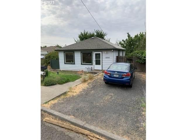 1208 NW Ellis Ave, Pendleton, OR 97801 (MLS #21385891) :: Beach Loop Realty