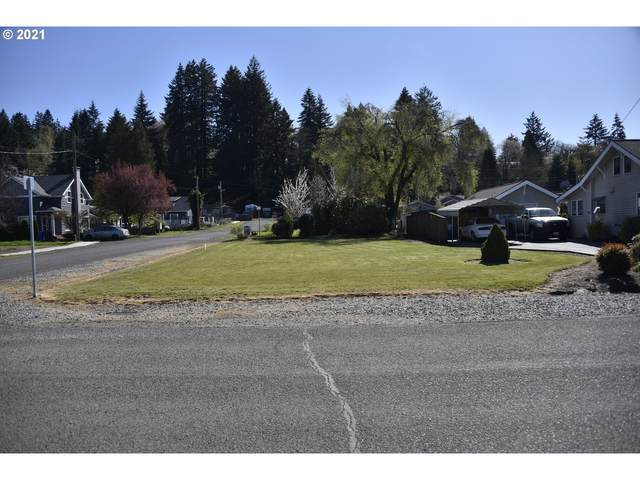 14 SE Currin St, Estacada, OR 97023 (MLS #21388194) :: RE/MAX Integrity