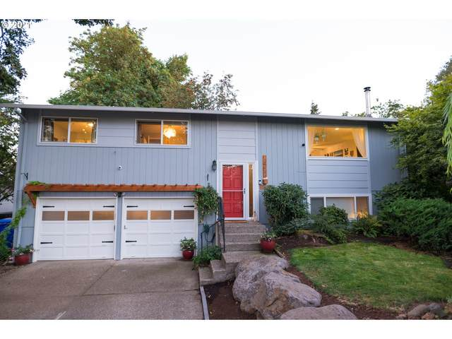 13144 Clairmont Way, Oregon City, OR 97045 (MLS #21390020) :: Change Realty