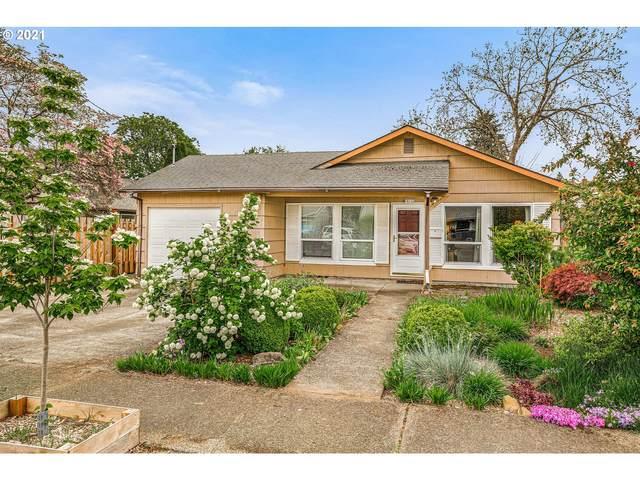 10122 SE Ellis St, Portland, OR 97266 (MLS #21390481) :: Cano Real Estate