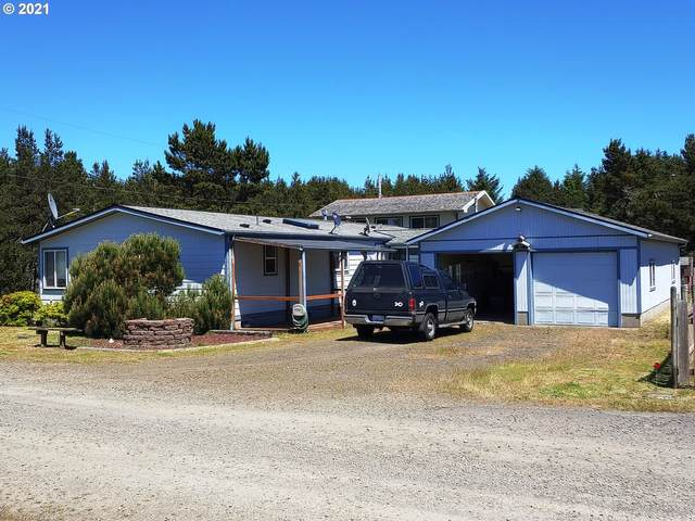 902 274TH Pl, Ocean Park, WA 98640 (MLS #21391226) :: Townsend Jarvis Group Real Estate