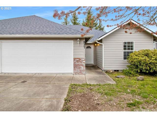 837 Umpqua St, Harrisburg, OR 97446 (MLS #21391266) :: The Haas Real Estate Team