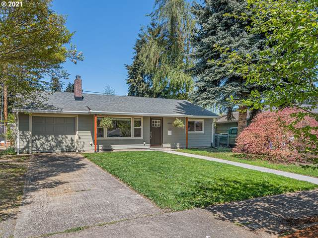 10925 NE Brazee St, Portland, OR 97220 (MLS #21392351) :: Premiere Property Group LLC
