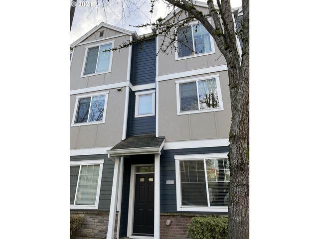10454 SW 90TH Ave #7, Tigard, OR 97223 (MLS #21395325) :: Fox Real Estate Group