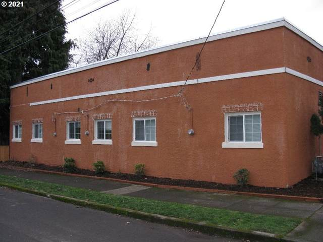 9004 N Mohawk Ave, Portland, OR 97203 (MLS #21395357) :: Cano Real Estate