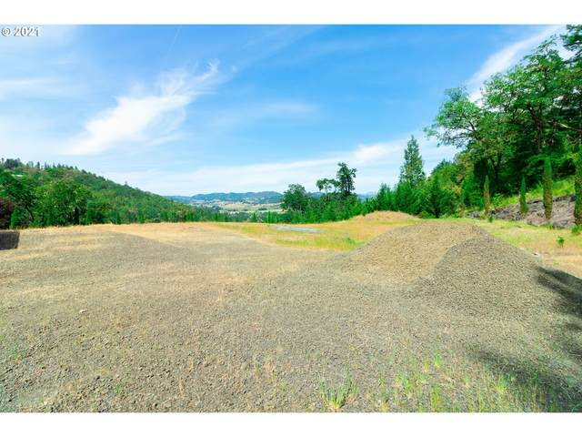 205 Summit Ridge Ln #3, Roseburg, OR 97471 (MLS #21395542) :: Stellar Realty Northwest