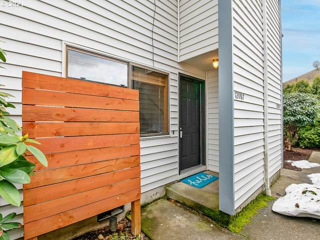12007 SE Holgate Blvd, Portland, OR 97266 (MLS #21396962) :: Coho Realty