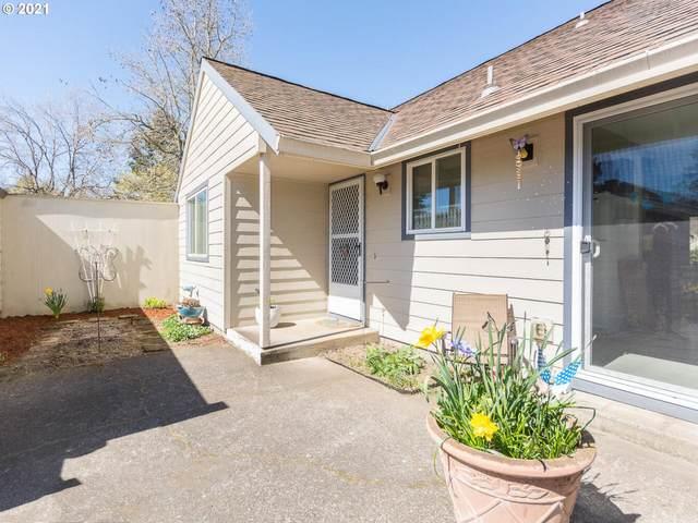 220 NE Village Squire Ave #15, Gresham, OR 97030 (MLS #21398481) :: Premiere Property Group LLC