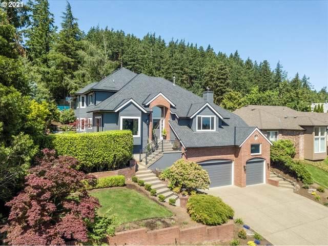 18031 Meadowlark Ln, Lake Oswego, OR 97034 (MLS #21399966) :: McKillion Real Estate Group