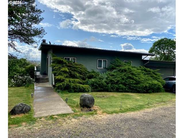 3230 SW Redmond Hill Rd, Mcminnville, OR 97128 (MLS #21400080) :: Beach Loop Realty