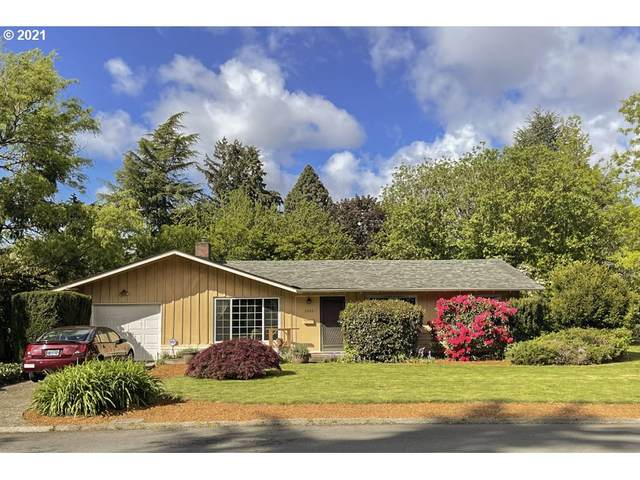 1965 SW Huntington Ave, Portland, OR 97225 (MLS #21400393) :: Next Home Realty Connection