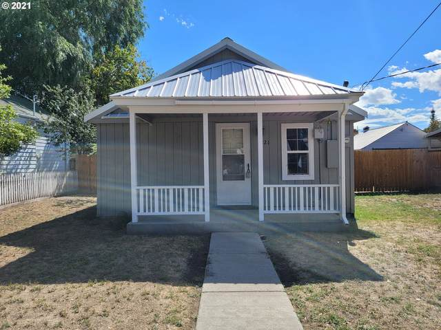 1221 Church St, Baker City, OR 97814 (MLS #21400459) :: Townsend Jarvis Group Real Estate