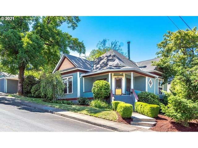 1409 SE Hamilton St, Roseburg, OR 97470 (MLS #21401006) :: Townsend Jarvis Group Real Estate