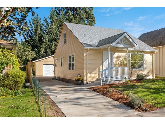 1723 Cedar St, Forest Grove, OR 97116 (MLS #21401937) :: McKillion Real Estate Group