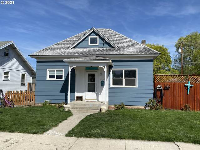 2806 3RD St, Baker City, OR 97814 (MLS #21402643) :: Cano Real Estate
