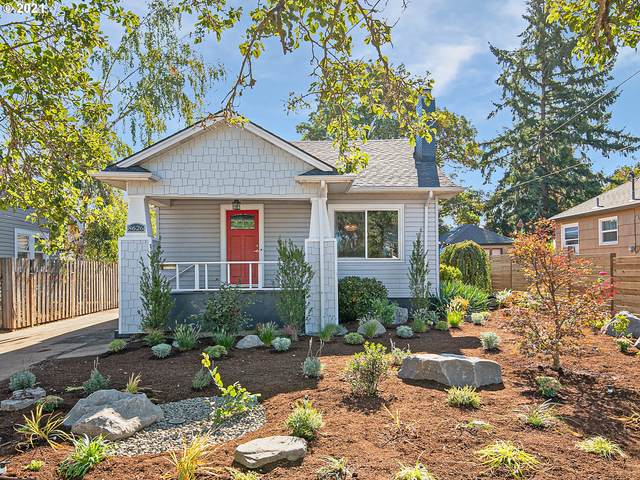 8626 N Portsmouth Ave, Portland, OR 97203 (MLS #21402652) :: Cano Real Estate