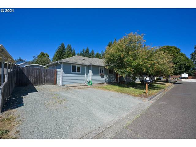 1030 W 11TH St, Coquille, OR 97423 (MLS #21402672) :: Holdhusen Real Estate Group