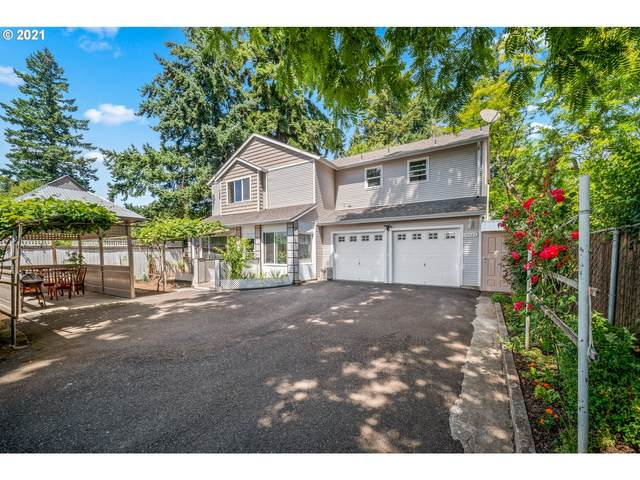 10523 NE Holladay St, Portland, OR 97220 (MLS #21403128) :: Real Tour Property Group