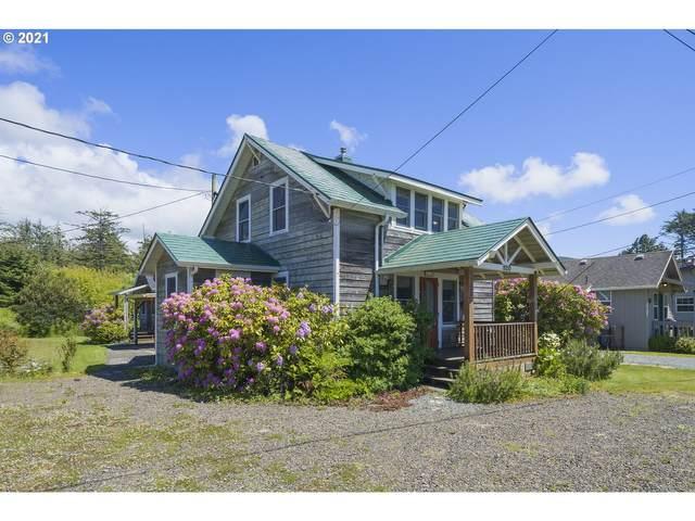 820 Breaker Ave, Rockaway Beach, OR 97136 (MLS #21403270) :: Townsend Jarvis Group Real Estate
