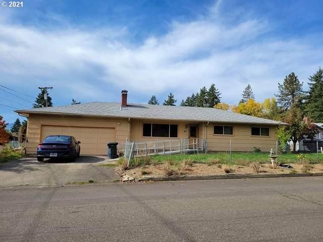 427 Terrace Ln, Sutherlin, OR 97479 (MLS #21406247) :: Holdhusen Real Estate Group