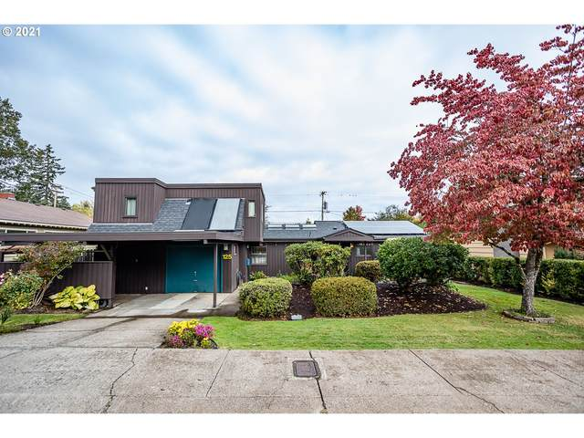 125 E 34TH Pl, Eugene, OR 97405 (MLS #21406354) :: Lux Properties