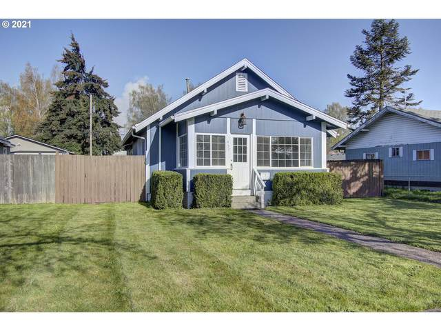 457 15TH Ave, Longview, WA 98632 (MLS #21407730) :: TK Real Estate Group