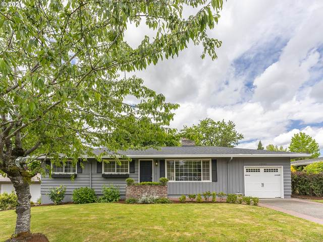 13015 SW 63RD Pl, Portland, OR 97219 (MLS #21408964) :: Real Tour Property Group