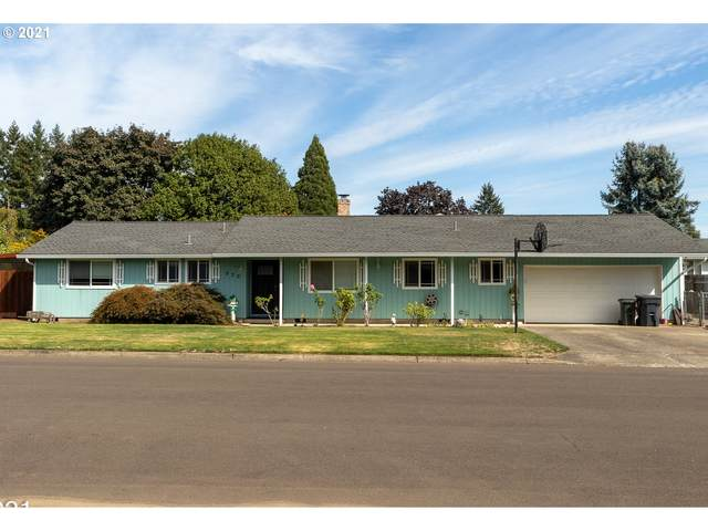 930 N Ash St, Canby, OR 97013 (MLS #21414805) :: McKillion Real Estate Group