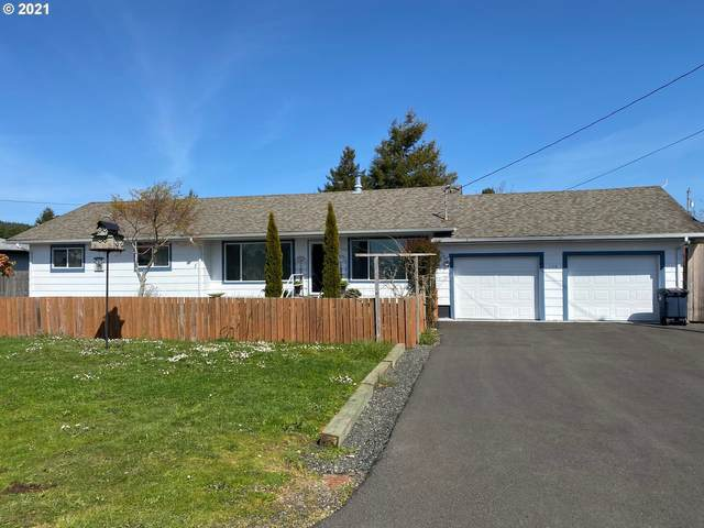 150 N 12TH St, Lakeside, OR 97449 (MLS #21415559) :: Song Real Estate