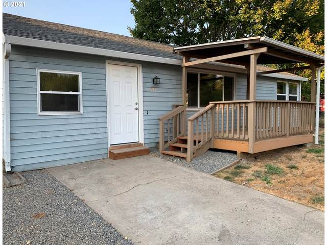 1902 W 28TH St, Vancouver, WA 98660 (MLS #21416183) :: Real Estate by Wesley