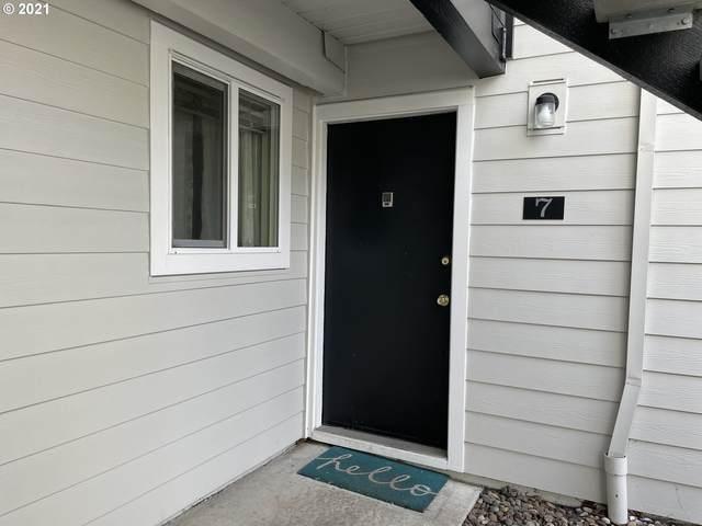 5486 SW Alger Ave H7, Beaverton, OR 97005 (MLS #21416550) :: Gustavo Group
