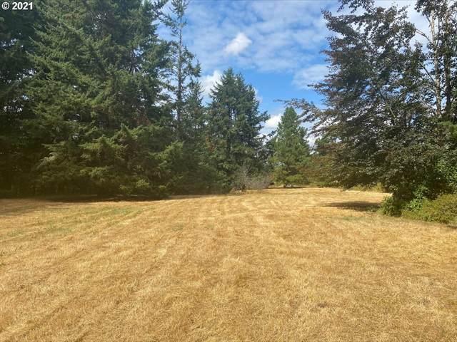 17003 SE Pawprint Ln, Boring, OR 97009 (MLS #21417290) :: Triple Oaks Realty