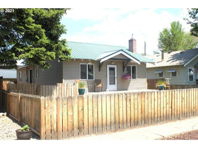 1920 Edgewater Ave, Baker City, OR 97814 (MLS #21417696) :: Fox Real Estate Group
