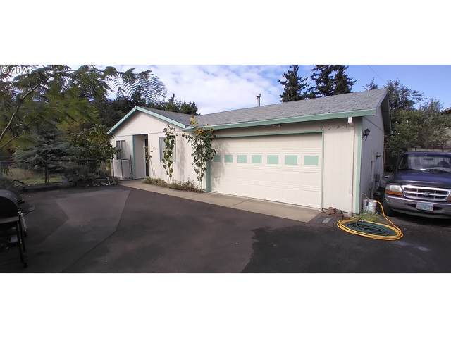 9321 SE Insley St, Portland, OR 97266 (MLS #21418028) :: Real Tour Property Group