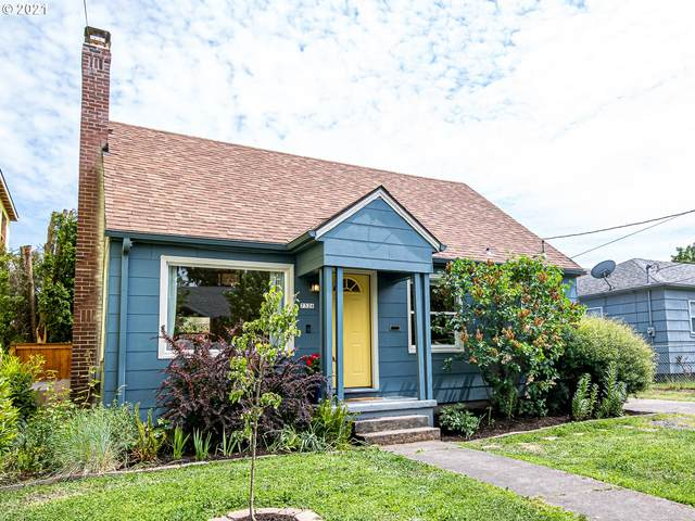7326 N Greenwich Ave, Portland, OR 97217 (MLS #21418134) :: Premiere Property Group LLC