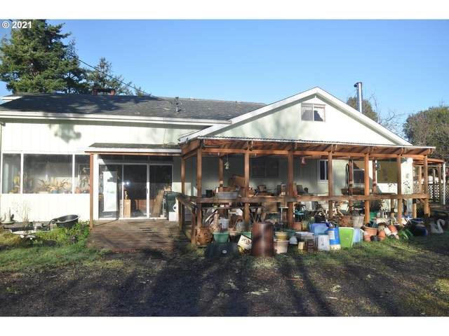 91355 Grinnell Ln, Coos Bay, OR 97420 (MLS #21418622) :: Song Real Estate