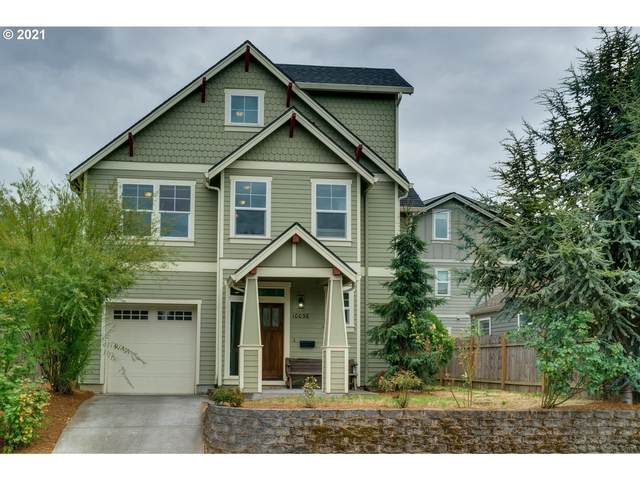 10036 N Midway Ave, Portland, OR 97203 (MLS #21419176) :: The Pacific Group