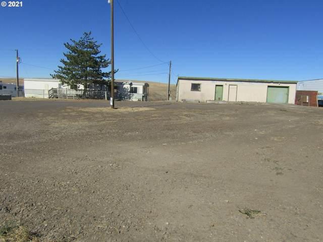 44911 NE Hwy 11, Pendleton, OR 97801 (MLS #21419443) :: Cano Real Estate